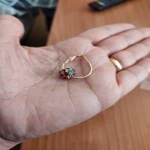 Arany színű mágneses fülbevalók jótékony hatással photo review